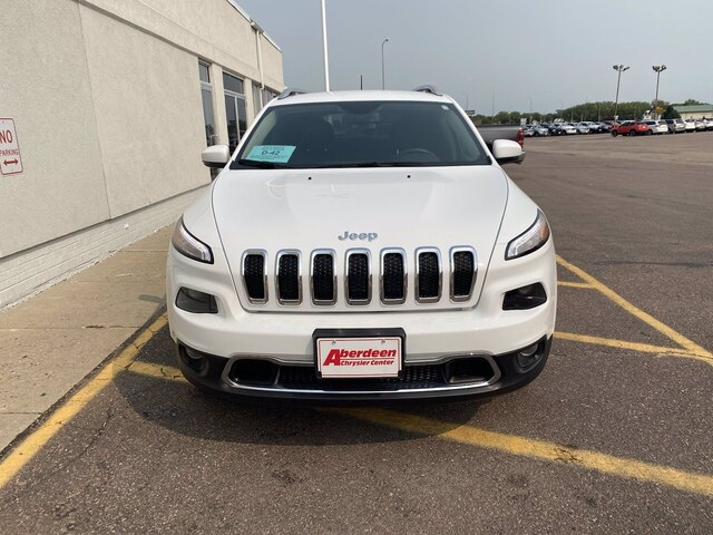Pre-Owned 2018 Jeep Cherokee Limited