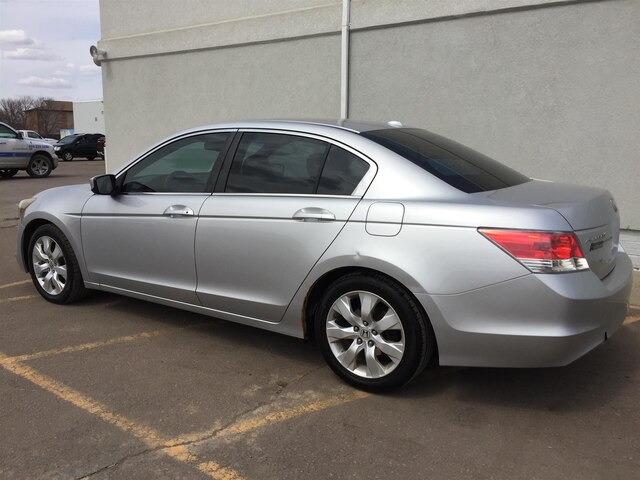 Pre-Owned 2009 Honda Accord 2.4 EX-L