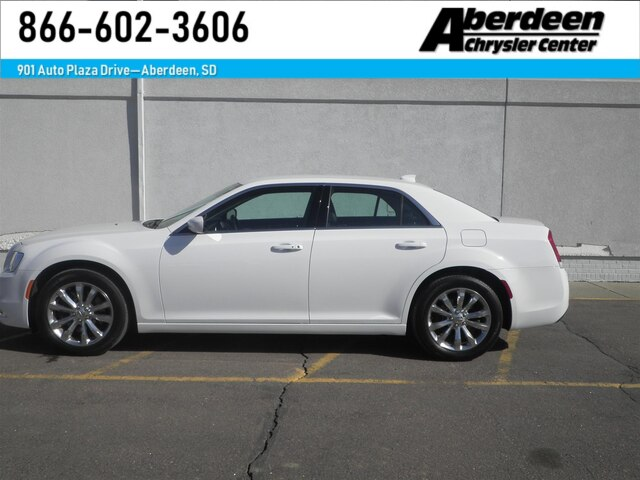 Pre Owned 2016 Chrysler 300 Limited Awd