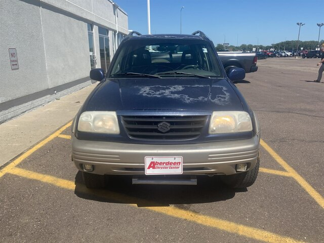 Pre-Owned 2001 Suzuki Grand Vitara JLX