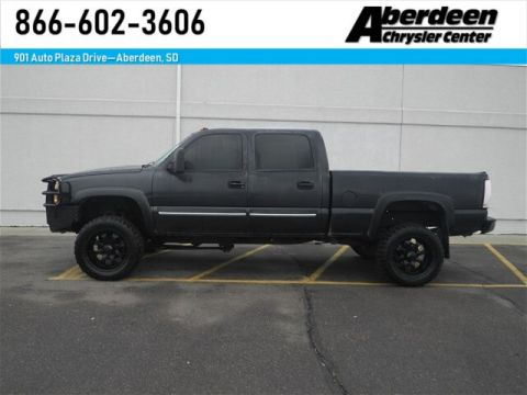 Pre-Owned 2003 Chevrolet Silverado 2500HD LS 4x4