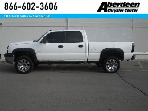 Pre-Owned 2004 Chevrolet Silverado 2500HD LS